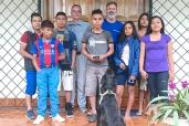 Projekt: Llakta Kawasan Wasi, Studentenhaus, Tena Kunde: Projekt LKW Christine Umfang: Rundum Betreuung von 5-7 indigenen Oberstufen-Studenten in Tena Ecuador Zeitraum: 3 Jahre 2013 -2016